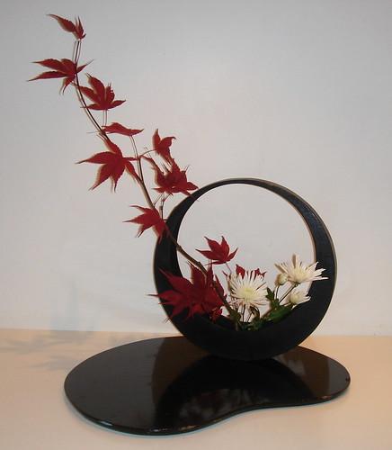 The nordic lotus ikebana moon viewing
