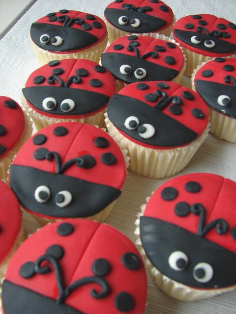 Ladybug Cupcakes More Ladybugs These Were Fun Time
