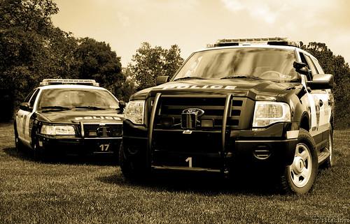 ford car sepia nikon pennsylvania police d200 k9 montgomerycounty bwemotions autó vob nikond200 rendőr plymouthtownshippolice plymouthtownshipday