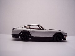model car, automobile, datsun/nissan z-car, wheel, vehicle, performance car, automotive design, first generation nissan z-car (s30), land vehicle, coupã©, supercar, sports car,