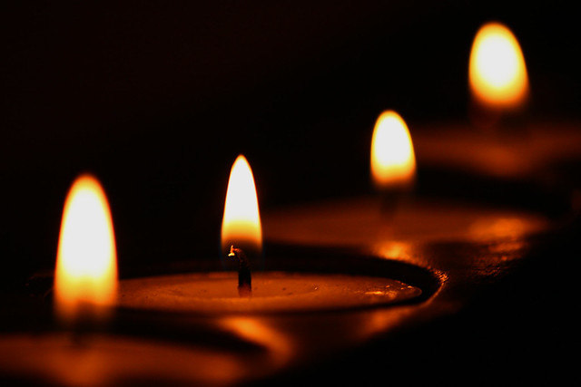 Candles 2 - a gallery on Flickr