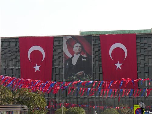 Török zászlók ma
