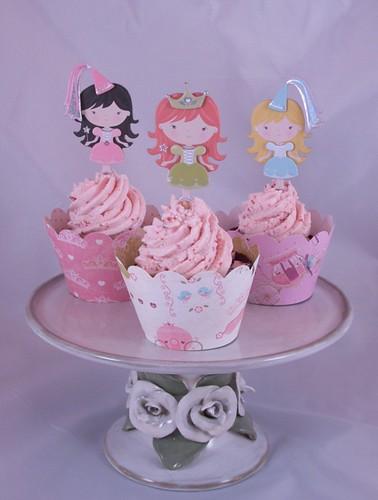 Pinky princess cupcake trio