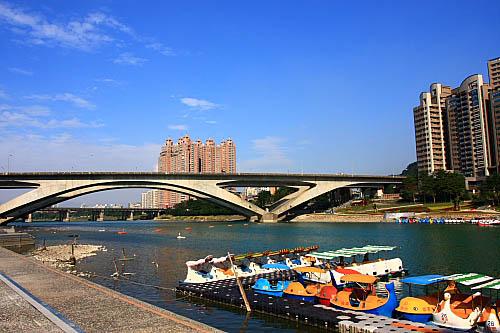 11I3碧潭高速公路橋