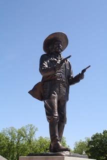 "Statue von Frank ""Pistol-Pete"" Eaton"