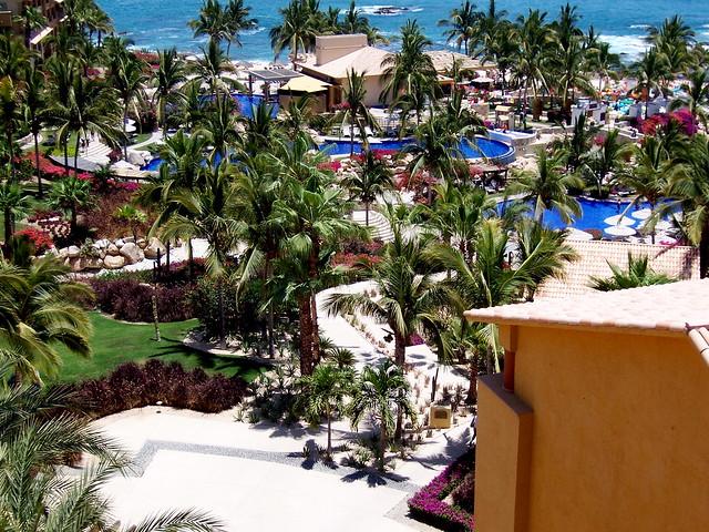 Fiesta Americana Grand Coral Beach Restaurant Menus