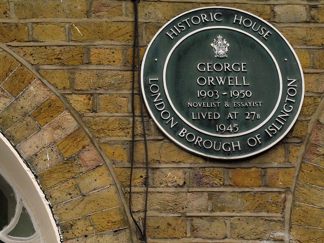 Photo of George Orwell green plaque