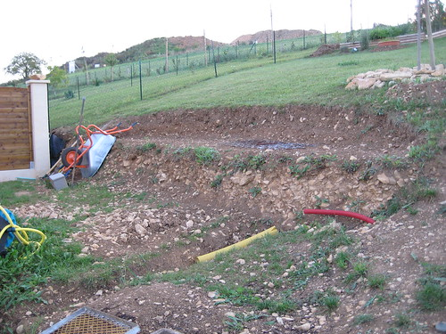 Conseil pour muret desoutenement en pierre roche au for Au jardin conseil