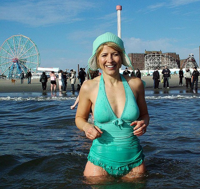 Samantha Brown Travel Channel Bikini http://www.flickr.com/photos/coney_island_polarbear_club_usa/3115359642/