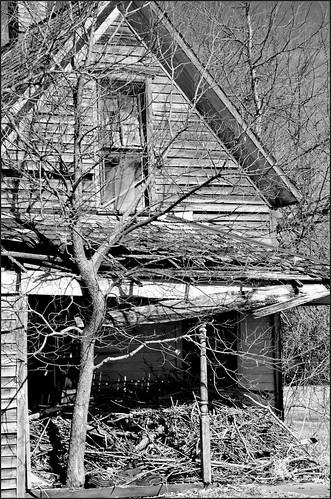bw house abandoned d70 decay vacant kansas harris abandonment ruraldecay deterioration