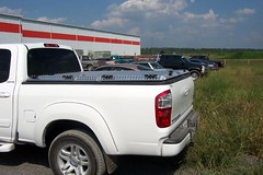 TOYOTA TUNDRA ACCESSORIES