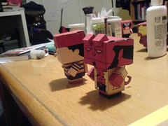Papercraft Ness and Hellboy