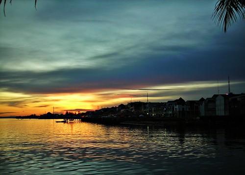 sunset indonesia landscape borneo soe kalimantan balikpapan nikoncoolpixl3 eastkalimantan abigfave eastborneo platinumphoto anawesomeshot colorphotoaward flickrdiamond