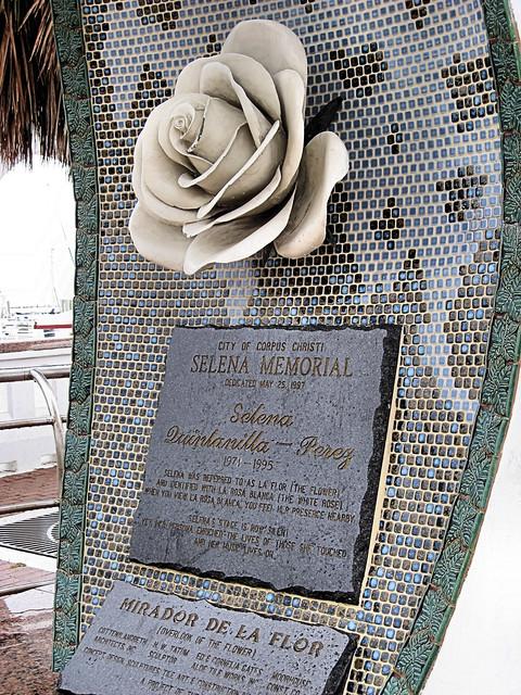 Selena Memorial 2