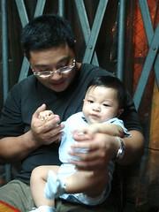 Alex holding 小米