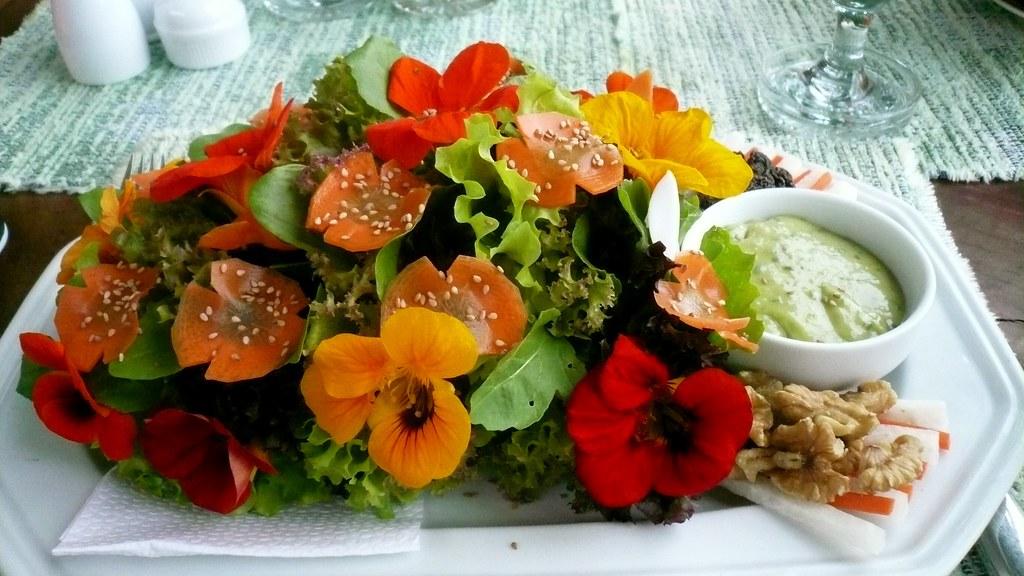 Цветы для украшения блюд съедобные купить