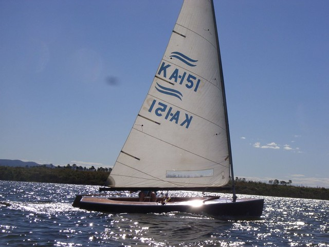 Classic wooden finn sailboat restored by Australian boatbuilder Ross Lillistone