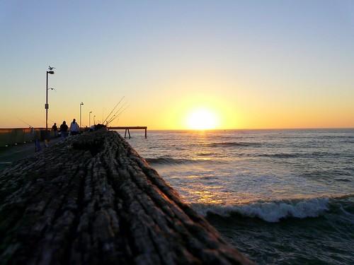 ocean california sunset sky sun pier fishing glow pacific pacifica fiery beautifulsunset pacificapier