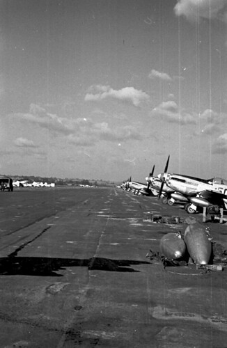 P51s parked 34 05