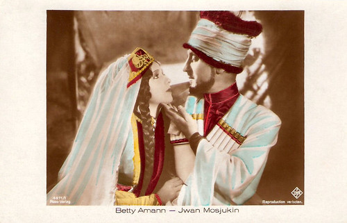 Betty Amann and Ivan Mozzhukhin in Der Weisse Teufel (1930)