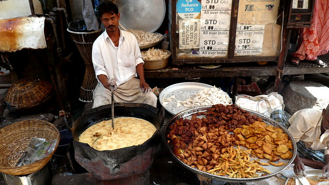 Frier, Chor Bazaar, Mumbai, India