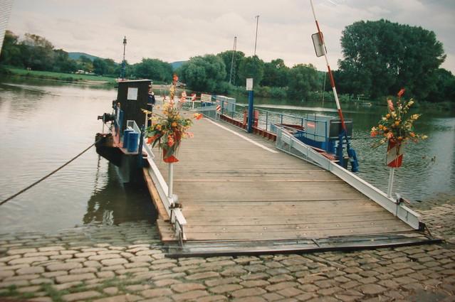 ferry Neckarhausen-Ladenburg
