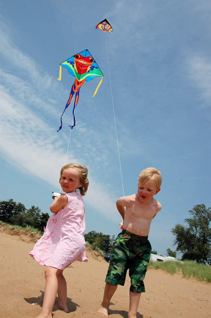 day 1464:  odin and evie fly kites for the very first time! I.