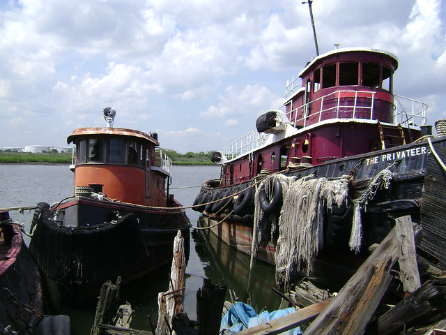 Staten island boat salvage yard flickr photo sharing for Outboard motor salvage yard