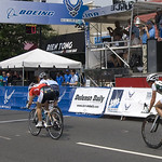 Close Finish -- 2011 Air Force Cycling Classic Women