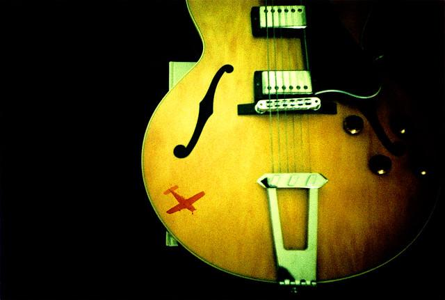 guitar plane double