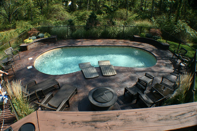 Monterey 12c viking pools kidney design pool designs for Pool designs yardville nj
