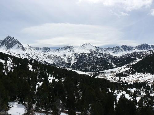Montañas nevadas en Andorra