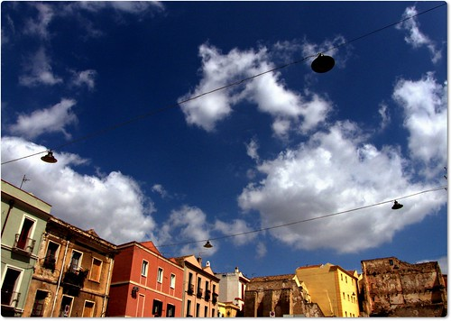 sky italy colors clouds square sardinia pointofview cagliari oldcity maestrale northwestwind skyinmotion