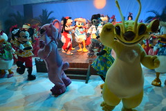 Dance Party at Stitch's Hawaiian Paradise Party