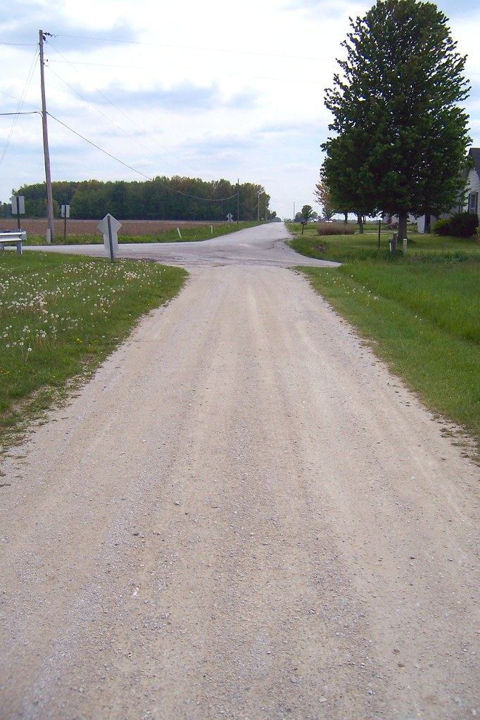 Former Michigan Road alignment?