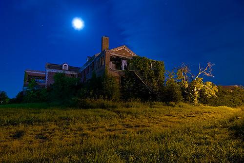 abandoned home night circle texas sherman woodmens