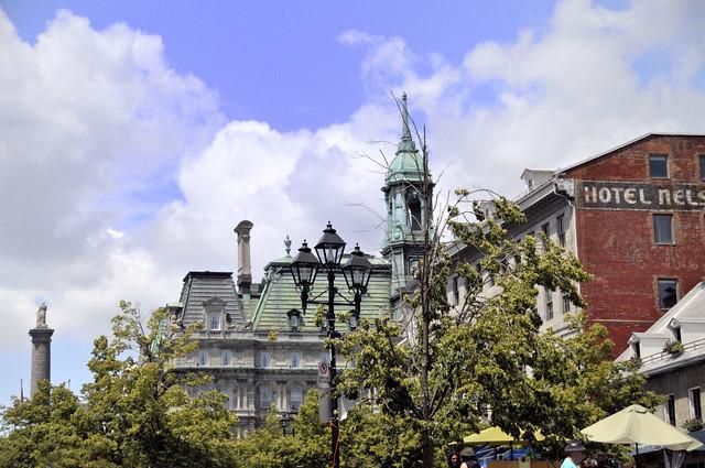 Montréal -  vieux montréal - Flickr CC sergemelki
