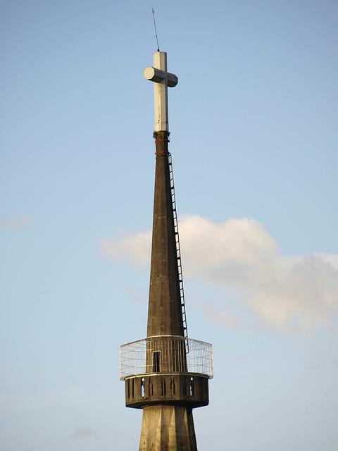 Corredor polaco de la catedral basilica en manizales
