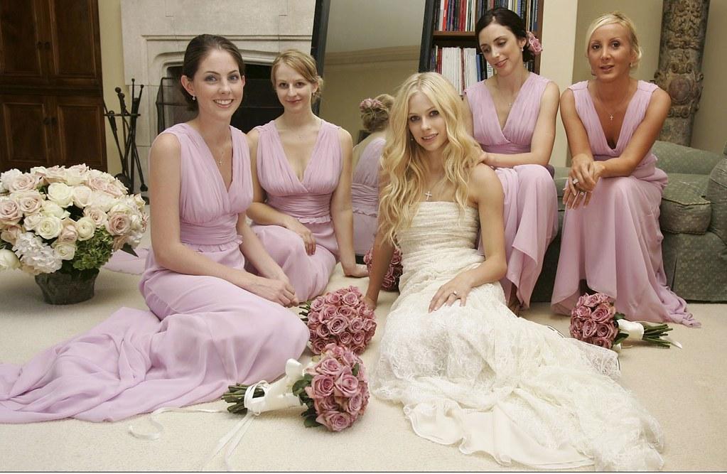 Avril Lavigne Wedding Dress - Wedding Photography