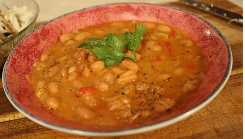 Vegan mofo day 20 albanian style beans the vegan foodie for Albanian cuisine