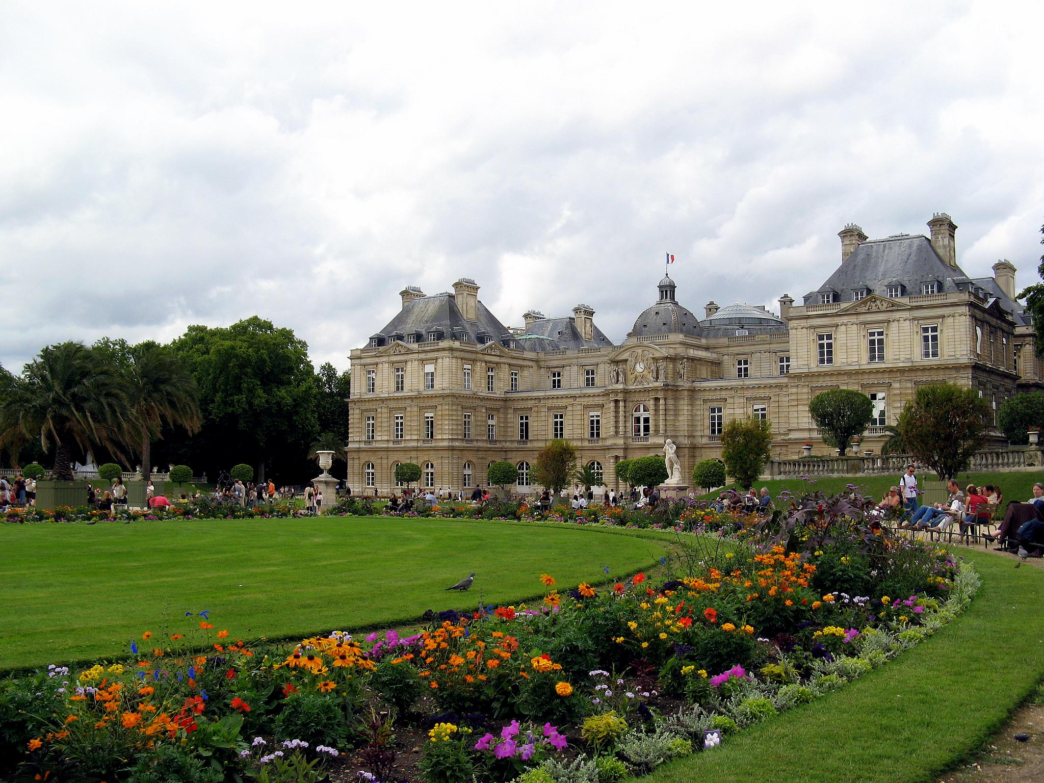 Palace and Garden of Luxemboug