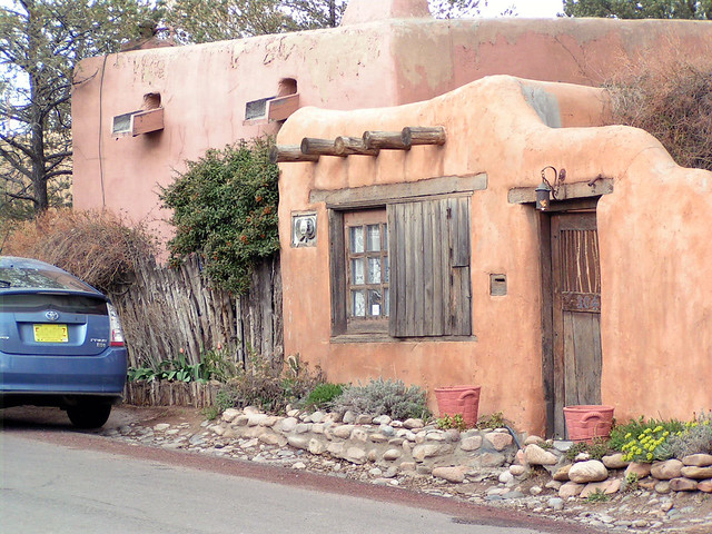 Santa fe pueblo style house pueblo style adobe dwellings flickr photo sharing - Pueblo adobe houses property ...