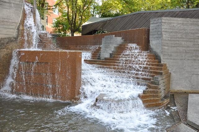 Lovejoy fountain in portland oregon flickr photo sharing for Garden fountains portland oregon