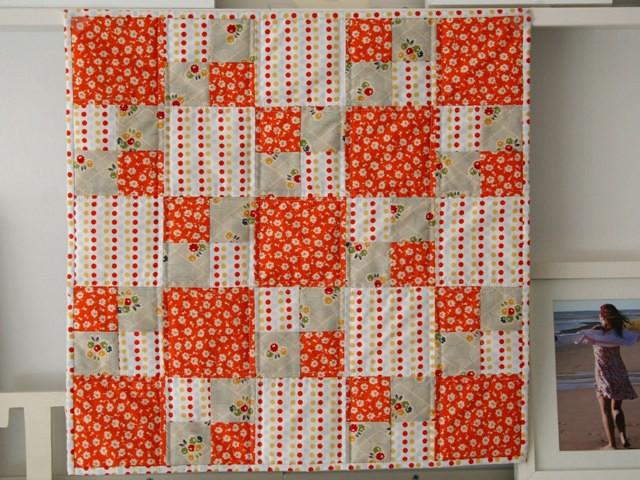 Easy Quilt With Three Fabrics : 2943363197_cde08f689d_z.jpg?zz=1