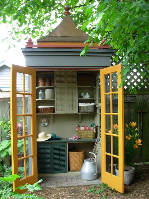Tiny potting shed (inside)