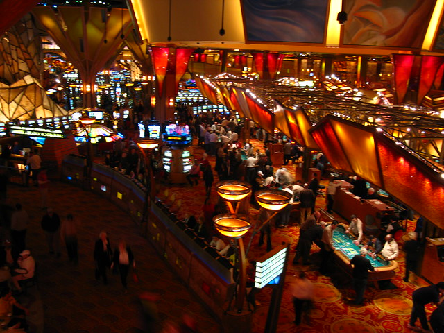 Mohegan Sun by CC user thisisbossi on Flickr
