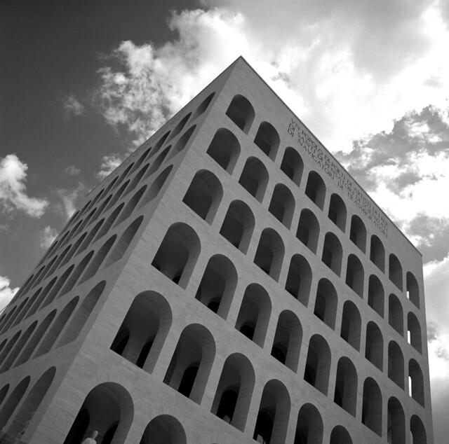 Architettura razionalista eur roma a photo on flickriver for Architettura razionalista in italia