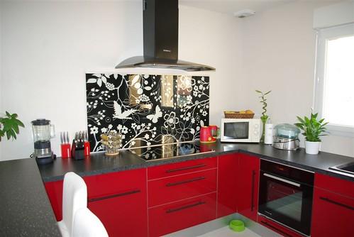 Que pensez vous de ma cuisine ikea abstrakt rouge 69 - Credence salle de bain ikea ...