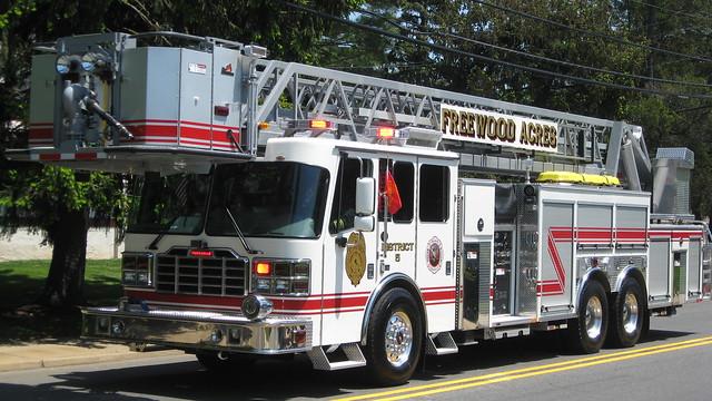 Freewood Acres-Howell,NJ Ladder 19-5-90