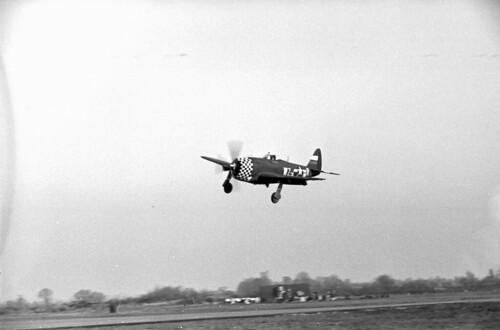 P47 Landing 01